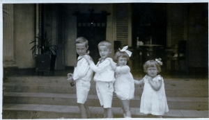 Hans,Cees,Rietje en Jopie Bogaardt Kebon Siri